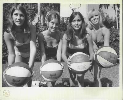 1970 Miami Floridian Ball Girls